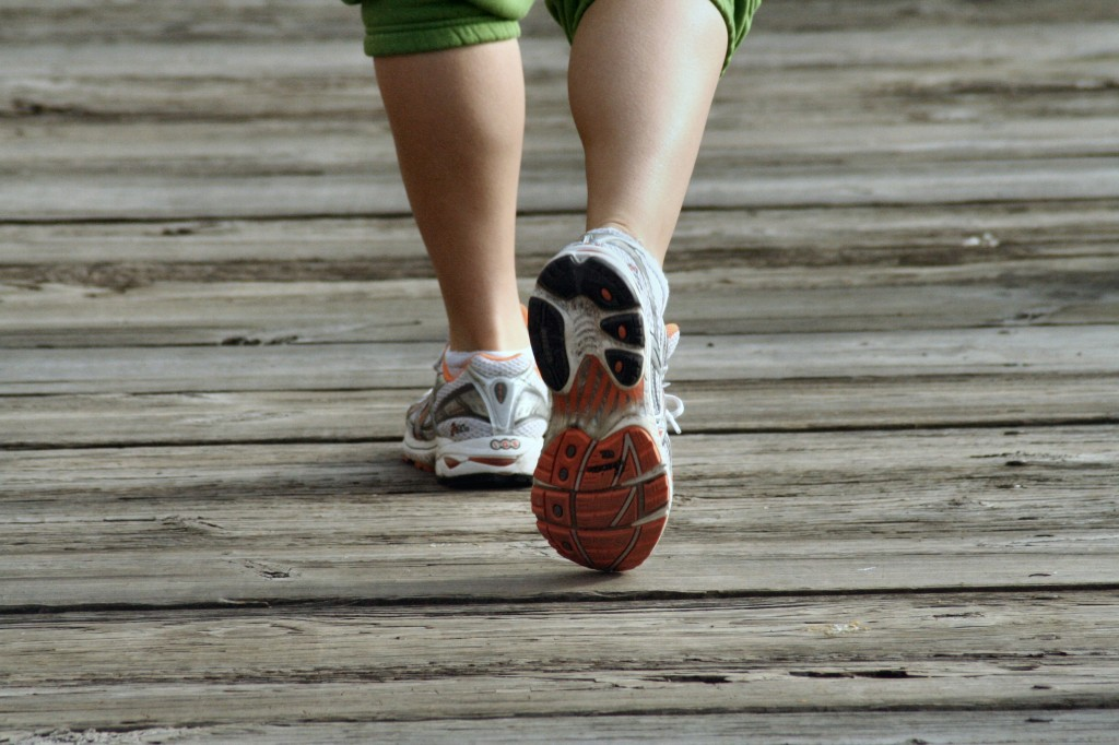 fitness, fit moms, fitness for moms, walking, breastfeeding and fitness