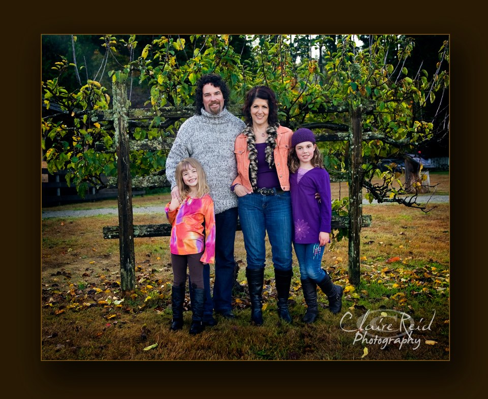 The_Bell_Family_2012_web