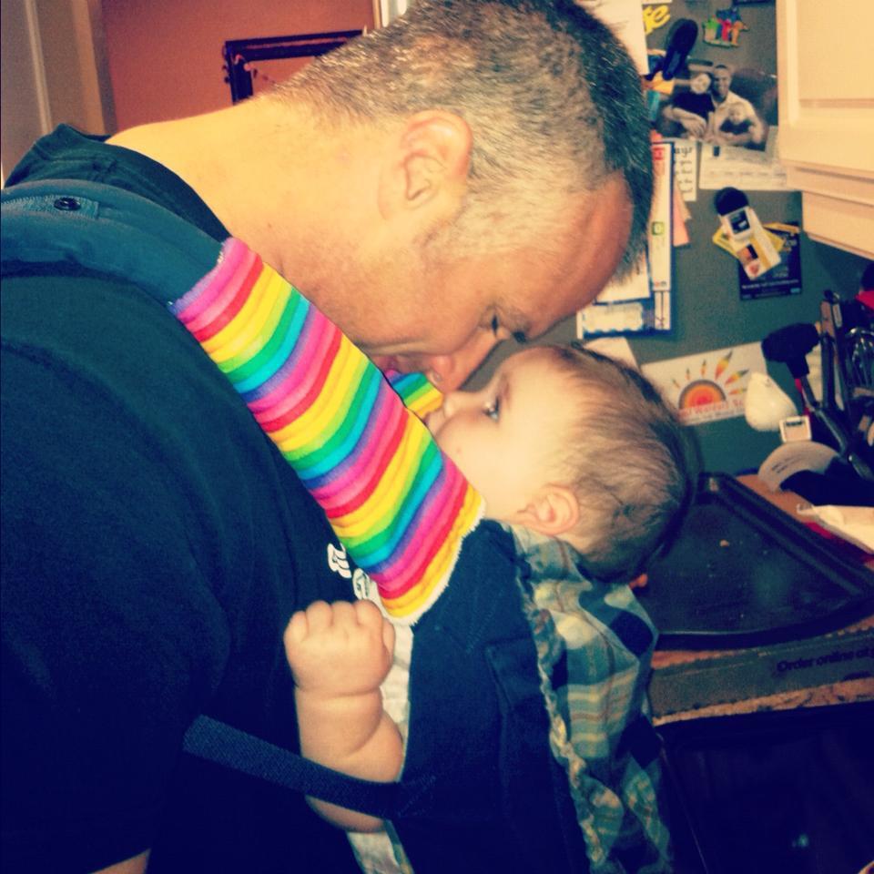 Babywearing daddy